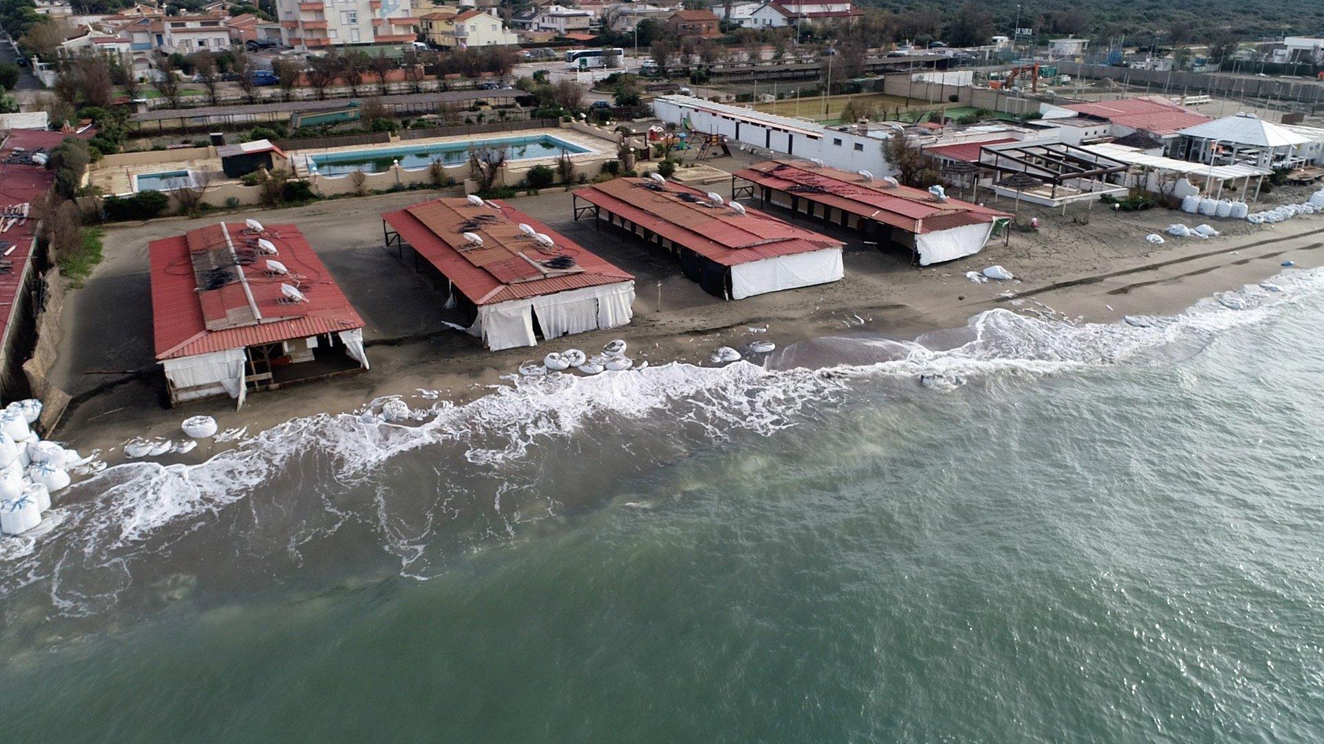 fotografie aeree spiaggia mare italia