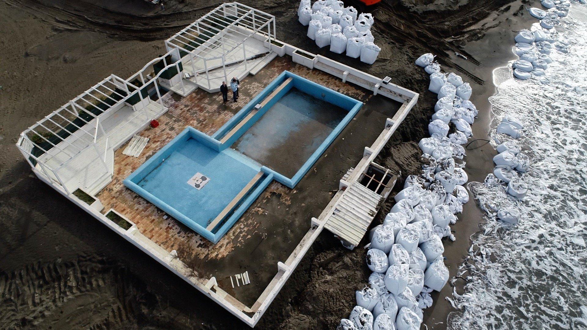 riprese droni roma ostia spiaggia piscina