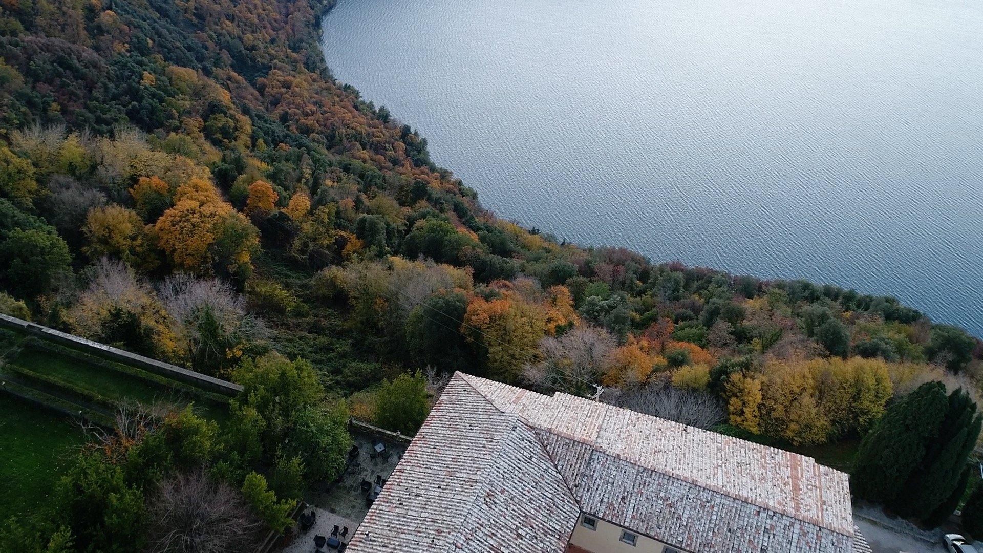 riprese fotografie aeree droni lazio lago bosco